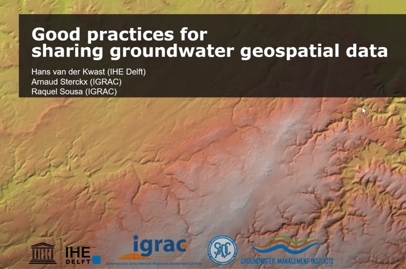 Online GIS training for hydrogeological applications